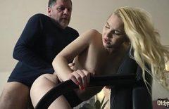 Filme 2017 Rusesti Porno Cu Femei Mature O Cracaneaza Cu Forta Sa Bage Pula In Ea