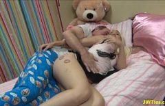 Femei Fotomodel Care Se Masturbeaza Si Se Fut Cu Mojnegi De 60 Ani